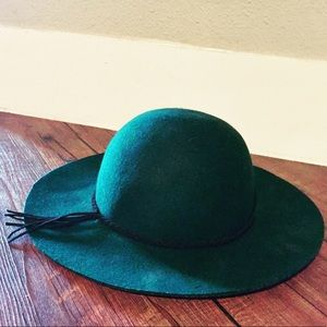 Olive   Pique Accessories - ➕ 💯 % Wool Green Floppy Felted Hat ➕ 94fb4069853e